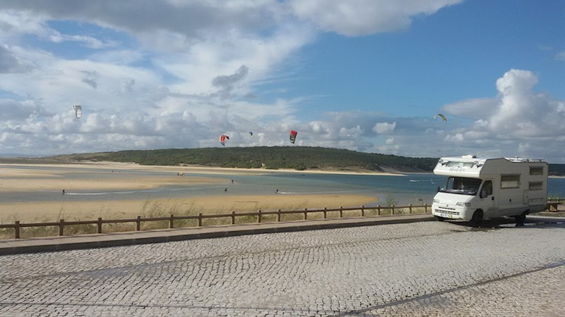 Cross Country Kitesurfing Road Trip