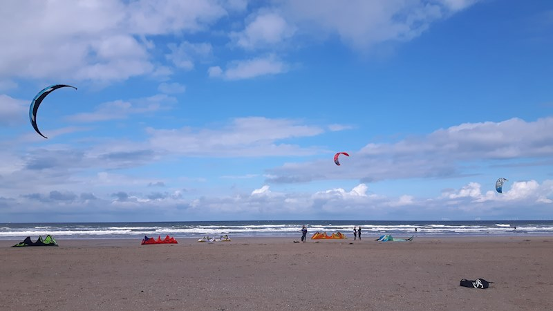 True Dutch Kitesurfing Experience